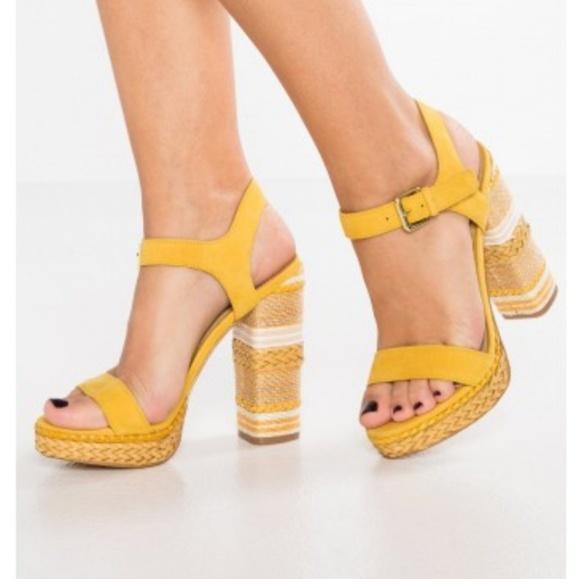 85504c357110 Aldo Huglag Mustard Sandals - NWT